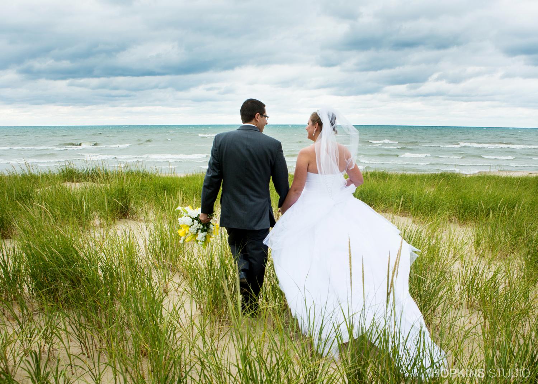 wedding-photography-Jean-Klock-Beach-Park-St-Joseph-Michigan_11.jpg