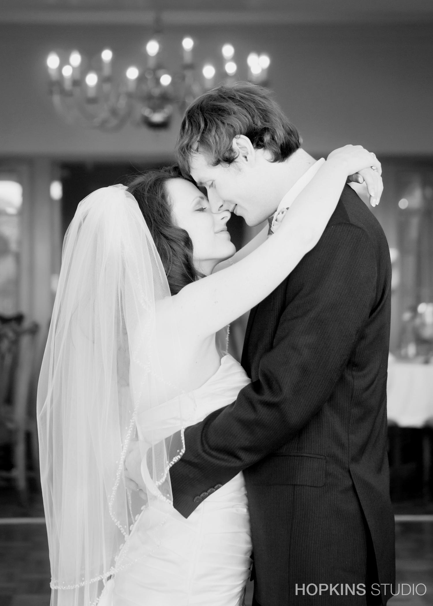 wedding-photography-Berrien-Hills-Golf-Club-Benton-Harbor-Michigan_02.jpg