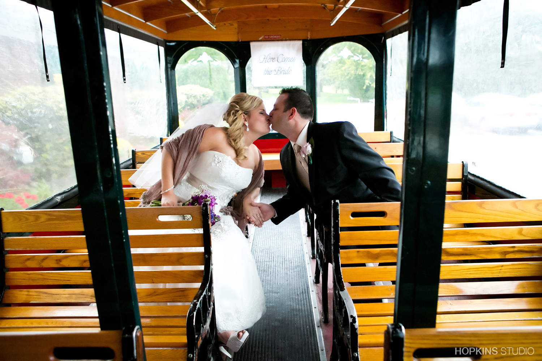 wedding-photo-Sunset-Trolley_38.jpg