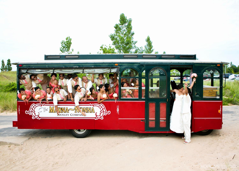 wedding-photo-Sunset-Trolley_36.jpg