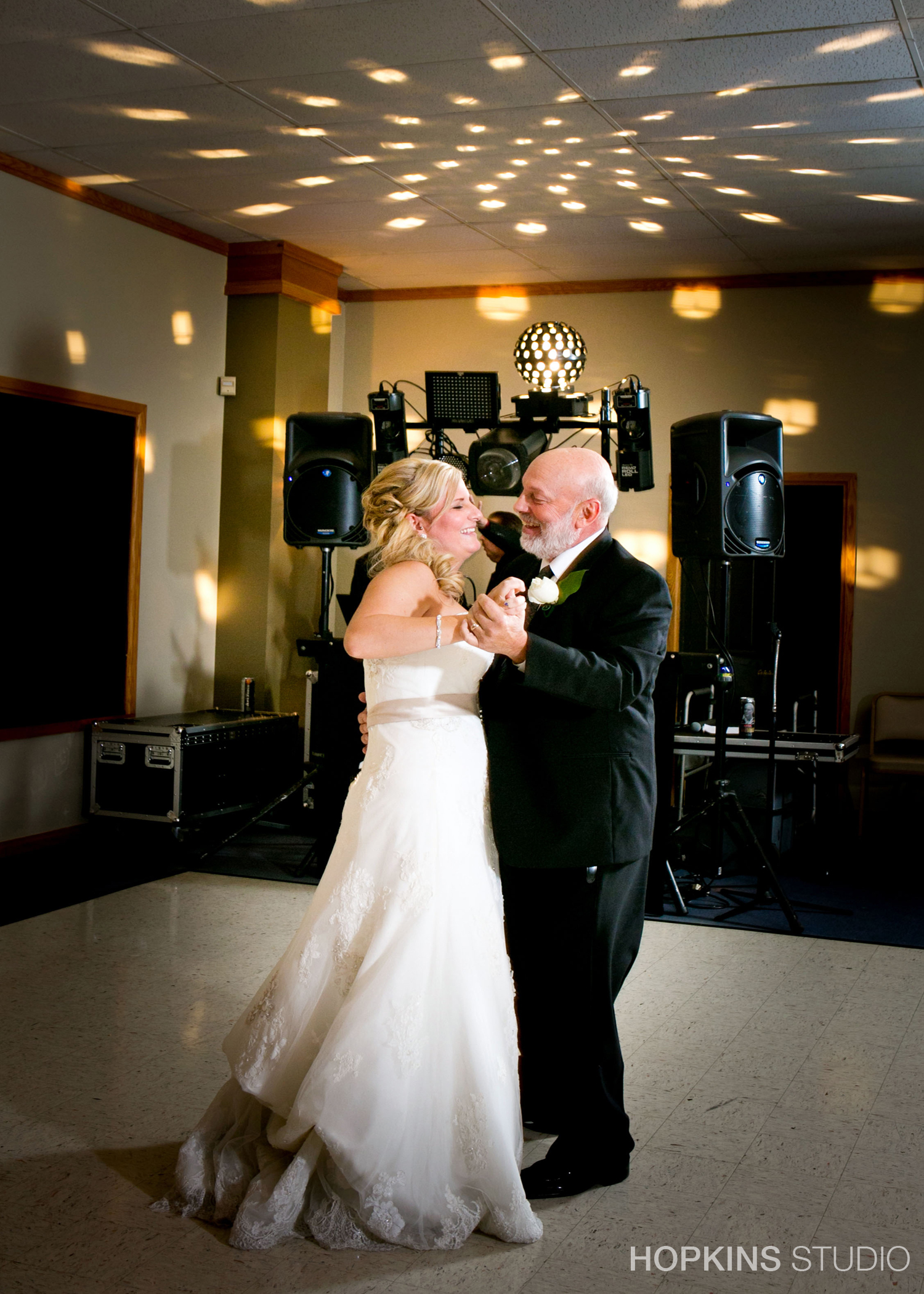 wedding-photography-Lake-Michigan-Hills-Golf-Club-Benton-Harbor-Michigan-120.jpg