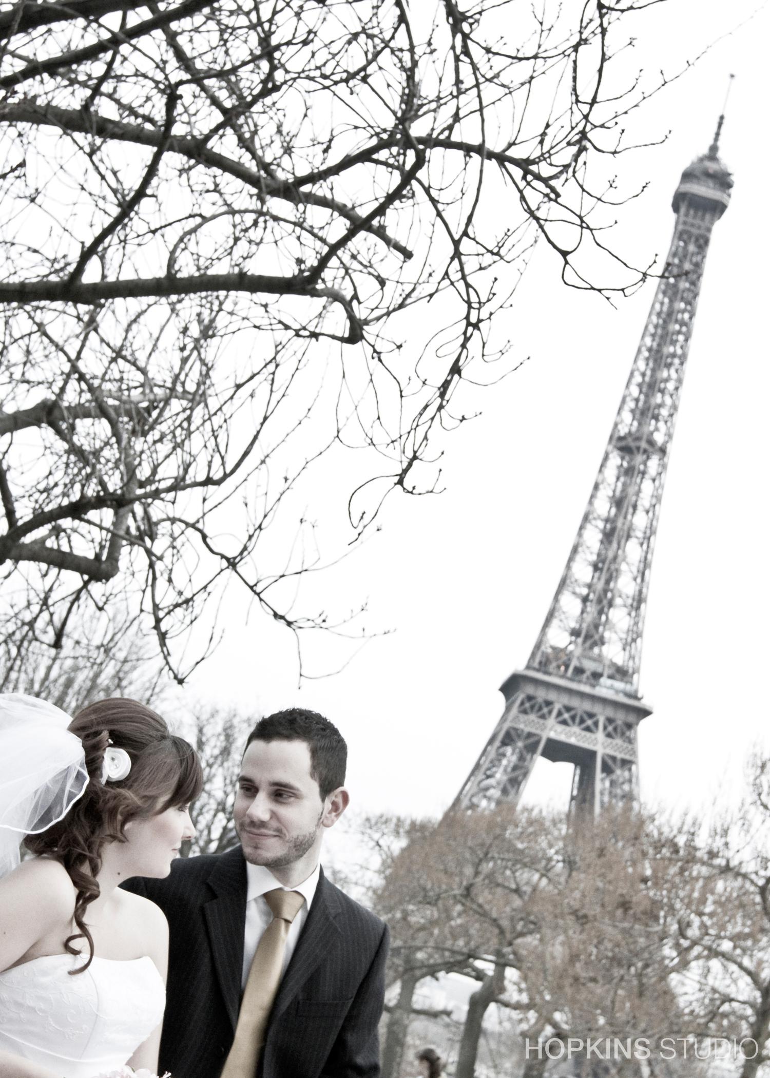 wedding-photography-Eiffel-Tower-Notre-Dame-Paris_19.jpg