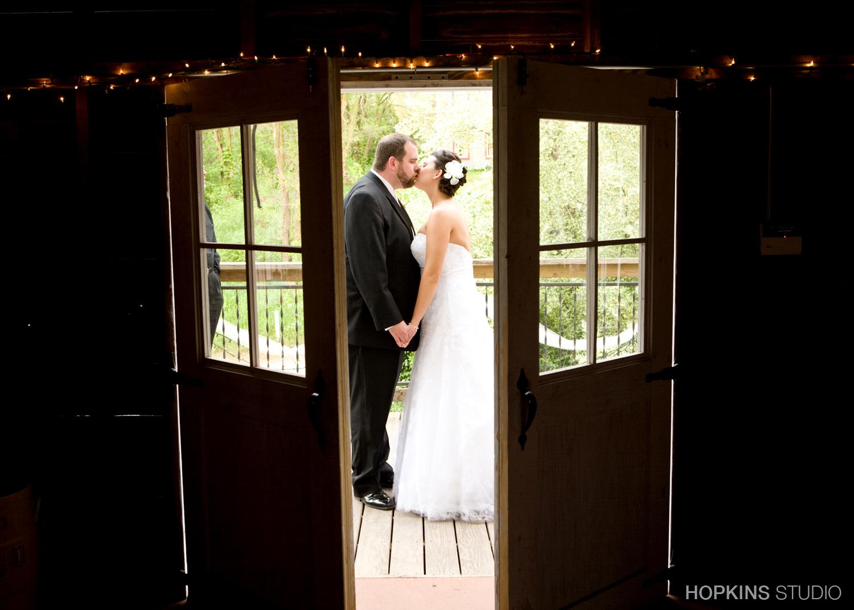 wedding-photography-Blue-Dress-Barn-Southwest-Michigan_04.jpg