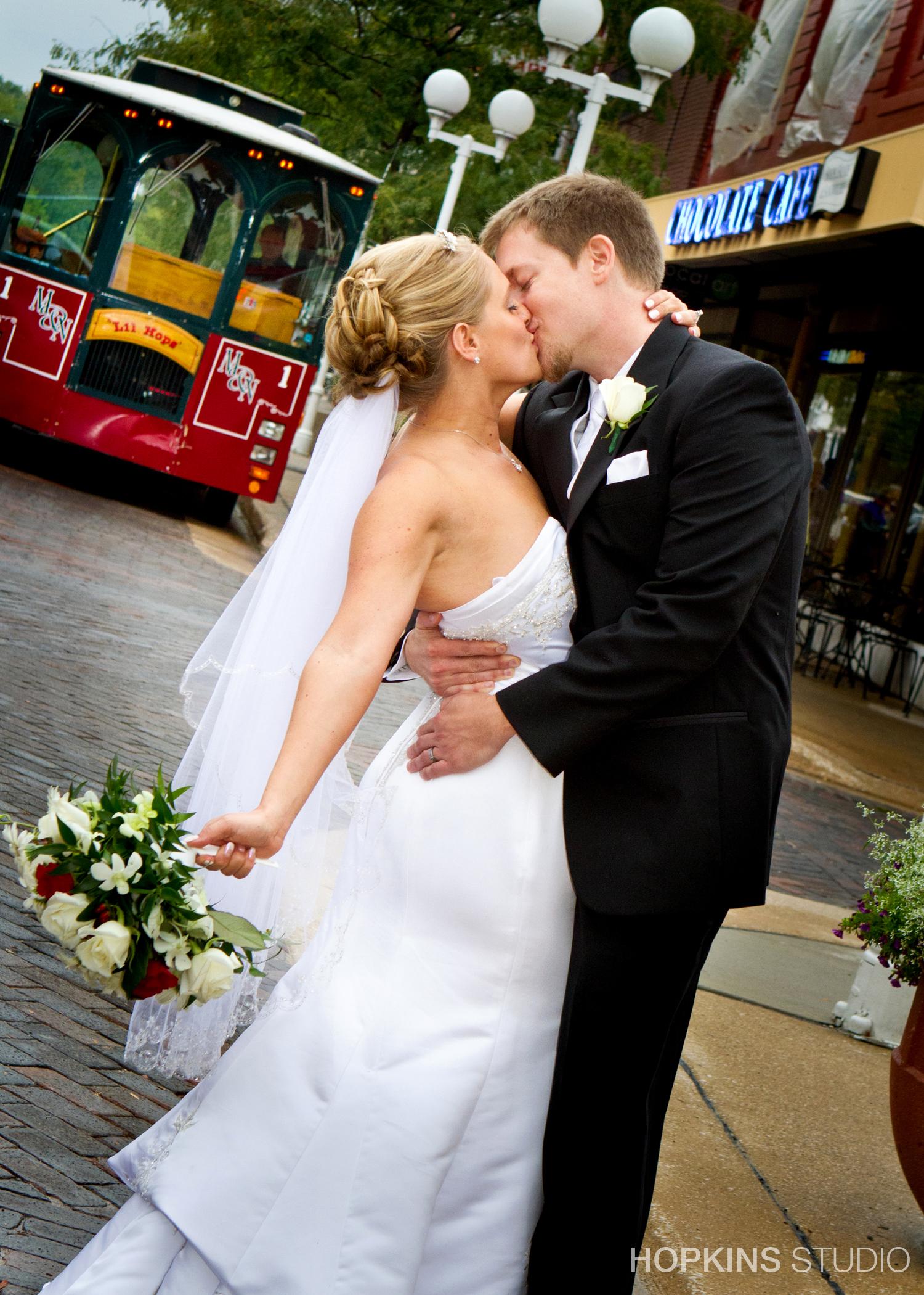 Wedding-Photography-Heritage-Museum-St Joseph-Southwest-Michigan_59.jpg