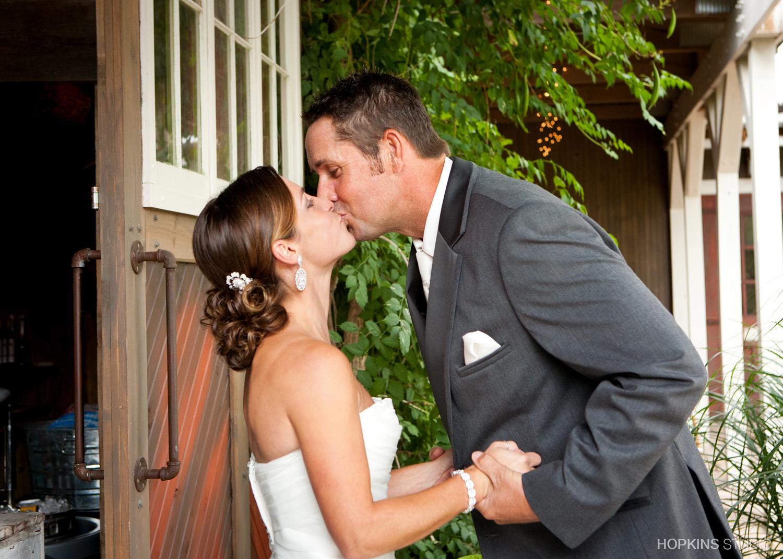 Wedding-Photography-Mill-Creek-Barn-Southwest-Michigan_97.jpg