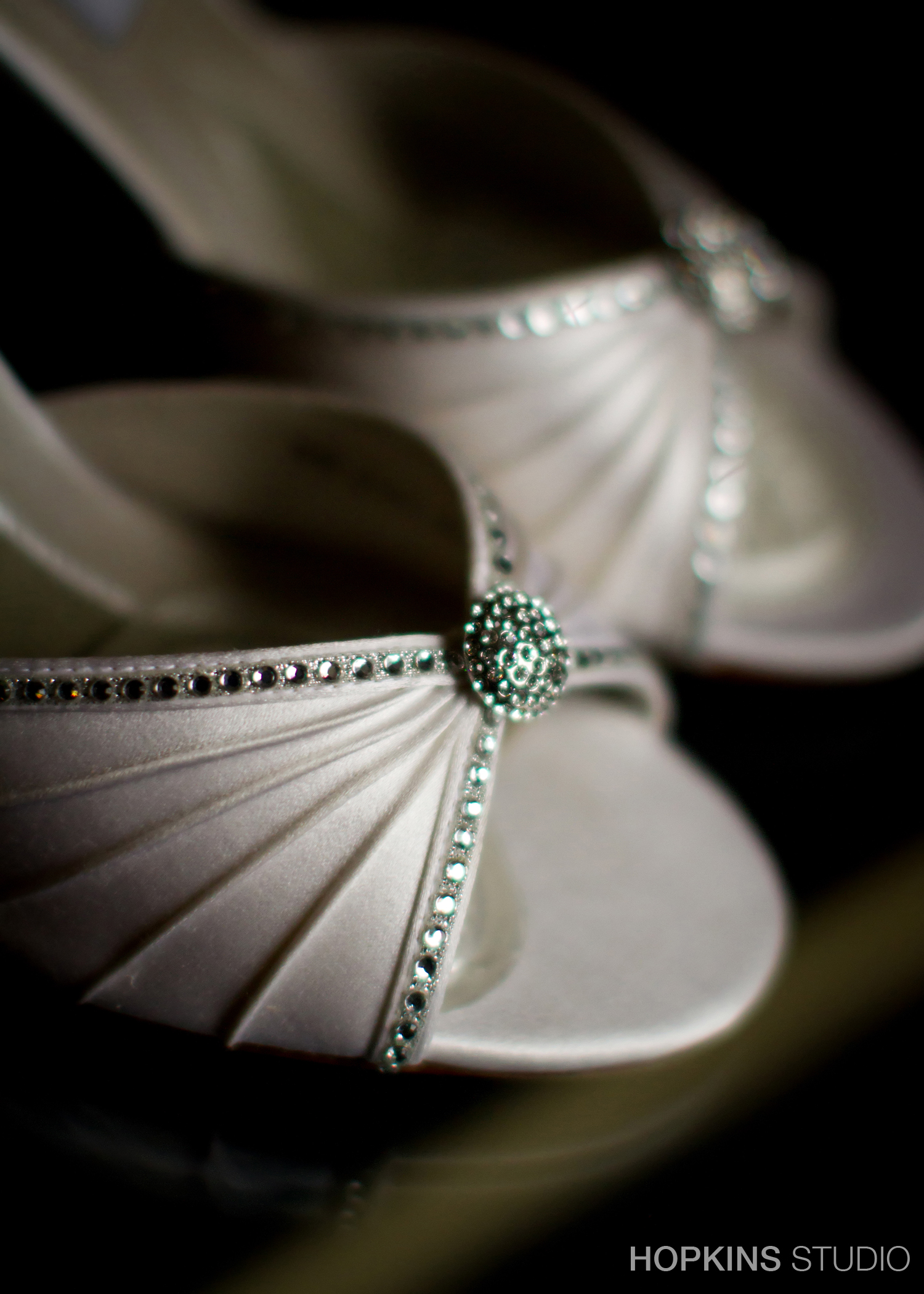 wedding-photography-Windsor-Park-Conference-Center-South-Bend-Indiana_05.jpg
