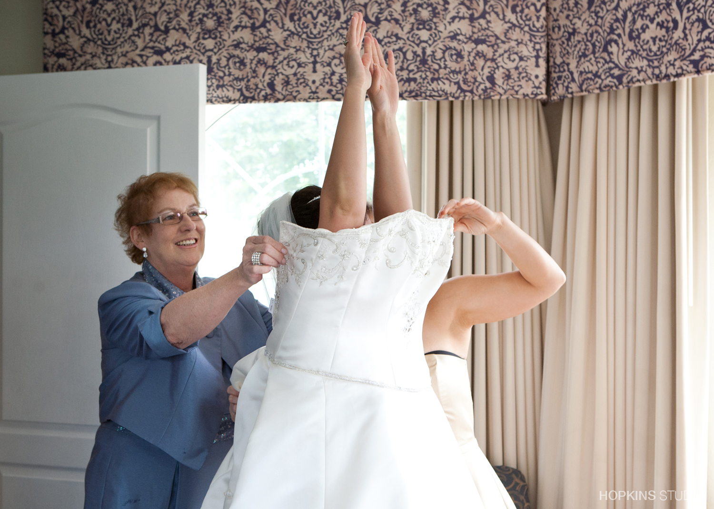 wedding-photography-Windsor-Park-Conference-Center-South-Bend-Indiana_13.jpg