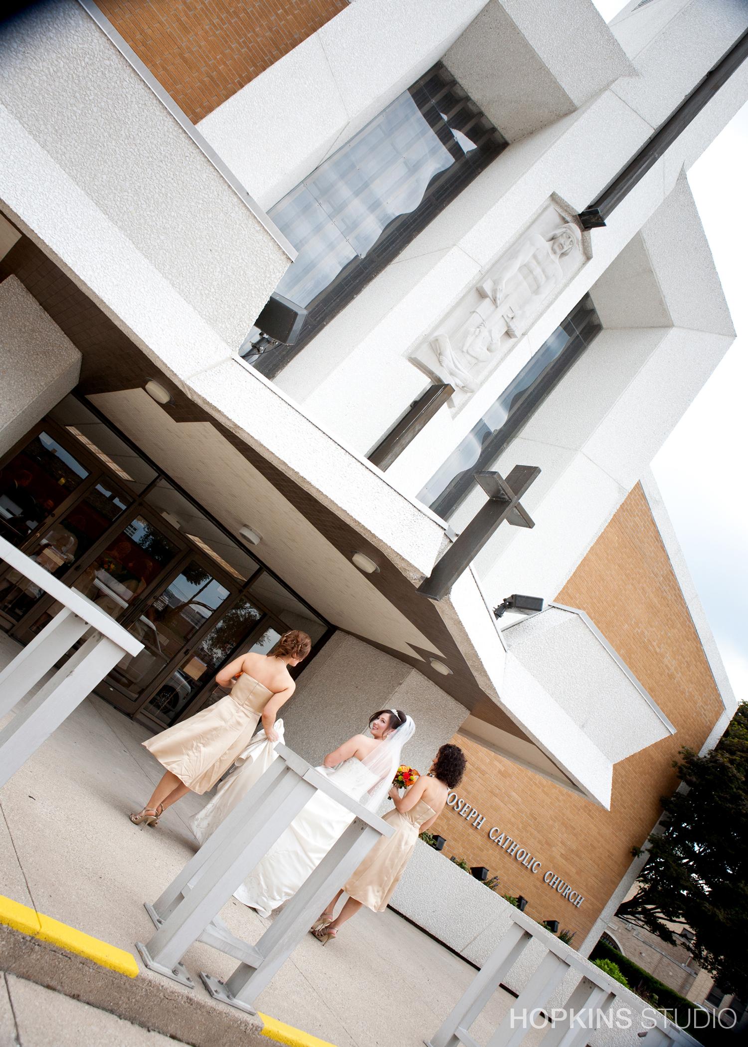 wedding-photography-Windsor-Park-Conference-Center-South-Bend-Indiana_18.jpg