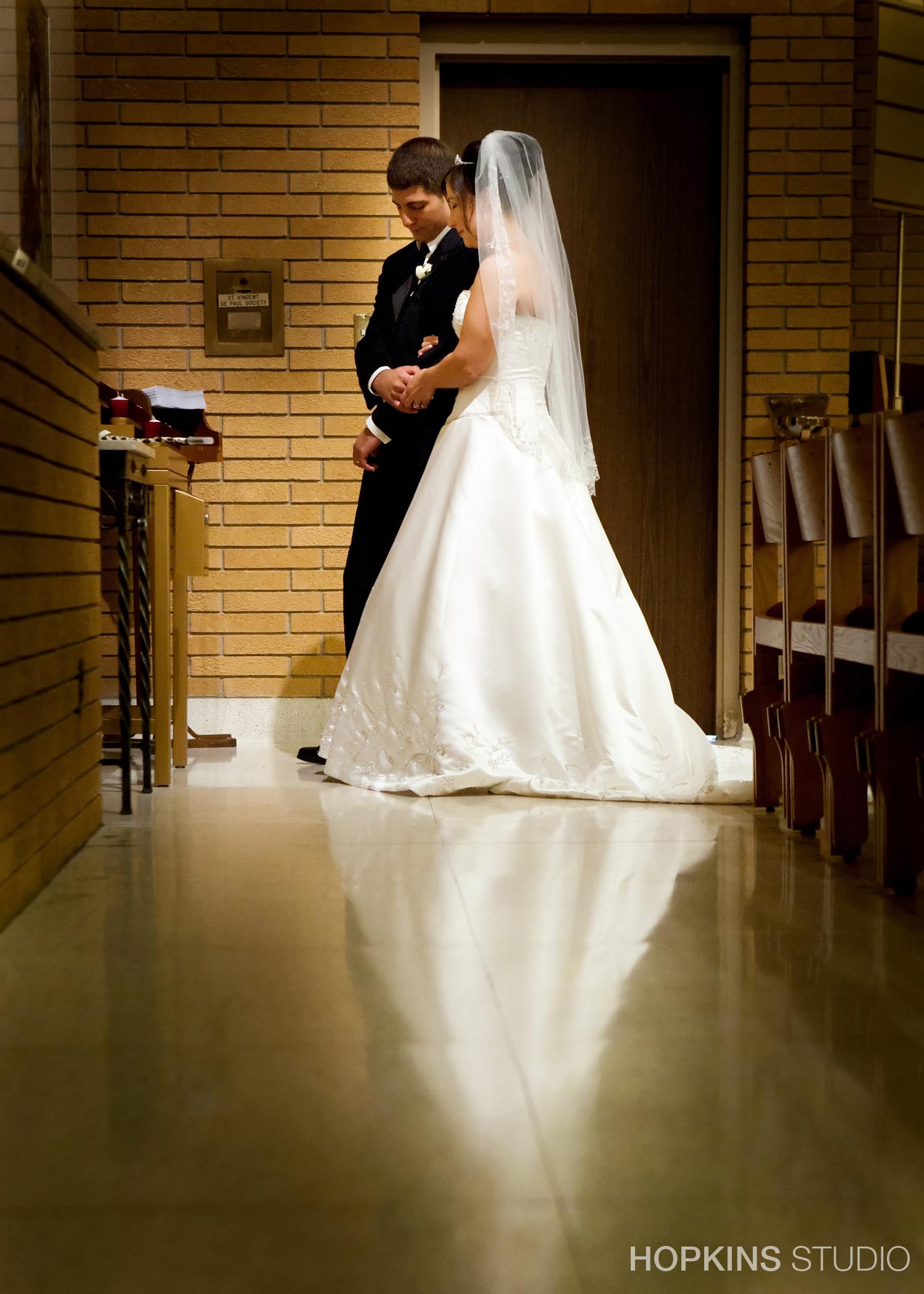 wedding-photography-Windsor-Park-Conference-Center-South-Bend-Indiana_22.jpg