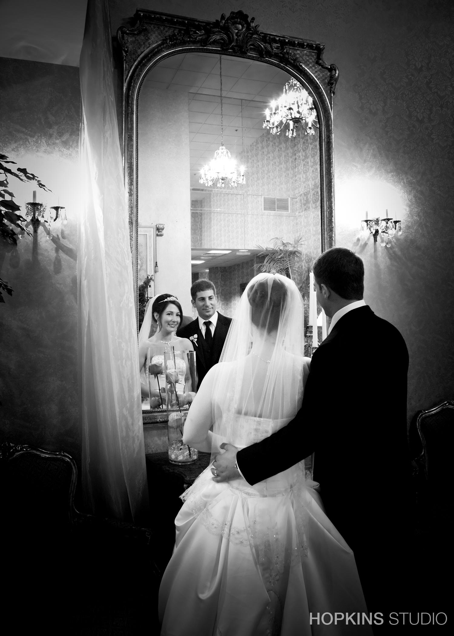 wedding-photography-Windsor-Park-Conference-Center-South-Bend-Indiana_31.jpg