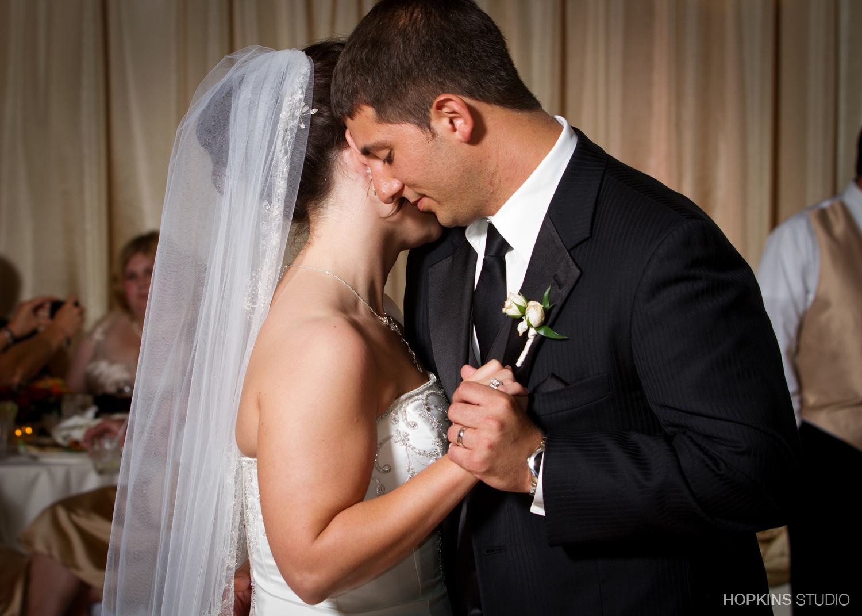 wedding-photography-Windsor-Park-Conference-Center-South-Bend-Indiana_34.jpg