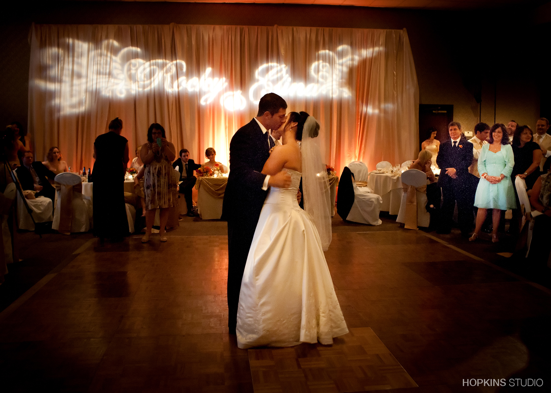 wedding-photography-Windsor-Park-Conference-Center-South-Bend-Indiana_35.jpg