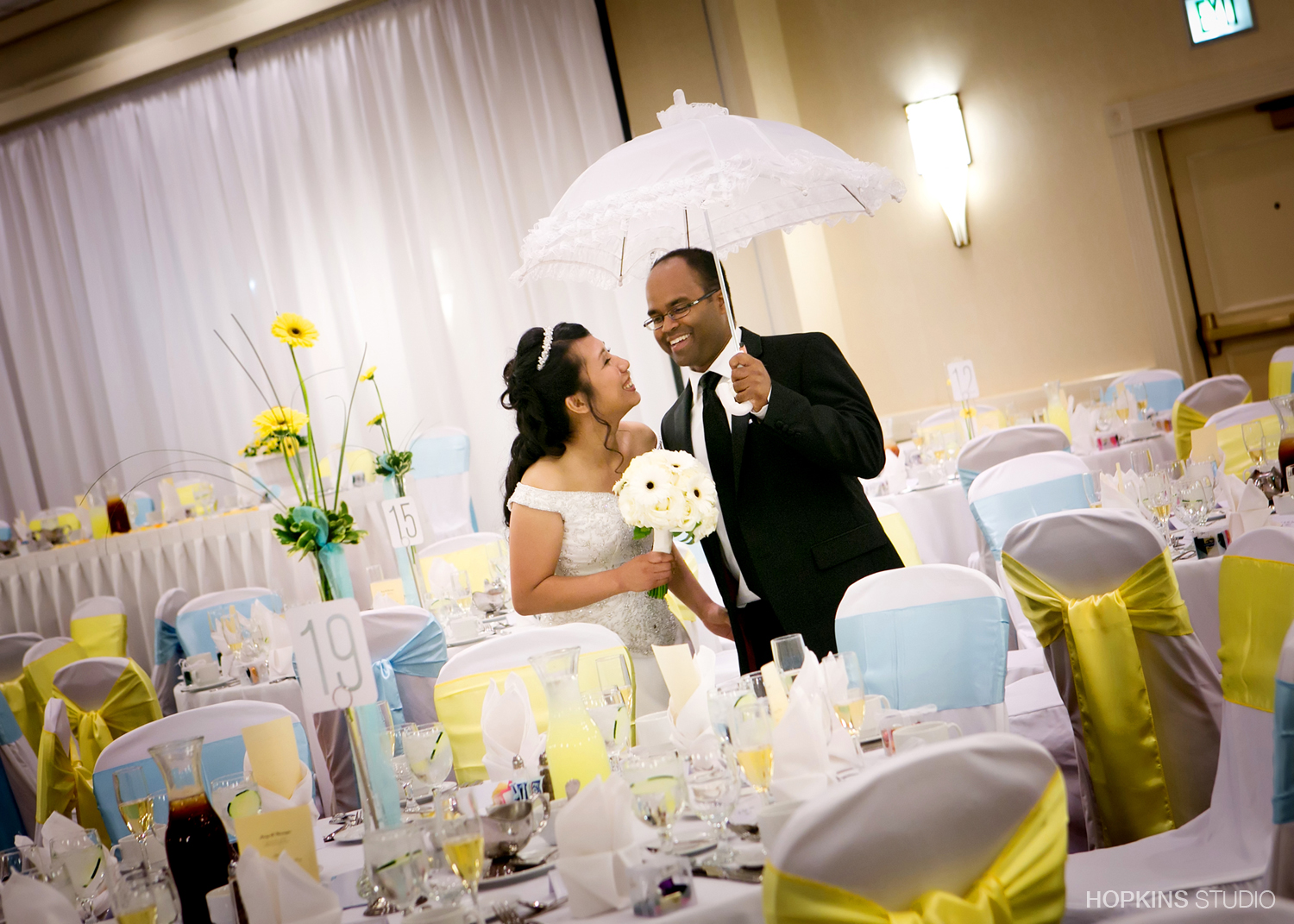wedding-photography-Double-Tree-by-Hilton-South-Bend-Indiana_01.jpg