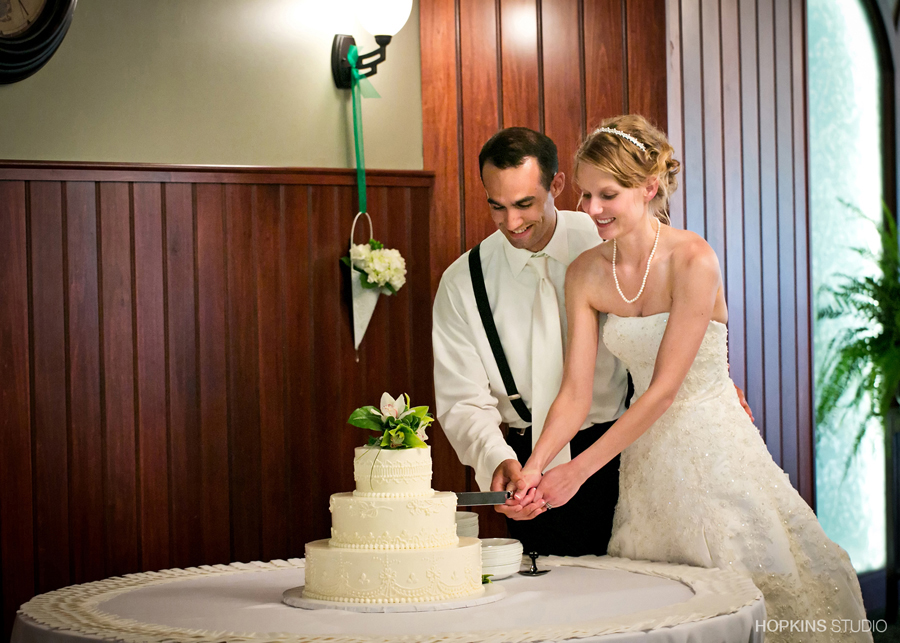 wedding-photography-Adventist-Frontier-Missions-Berrien-Springs-Southwest-Michigan-Wedding-Photography_17.jpg
