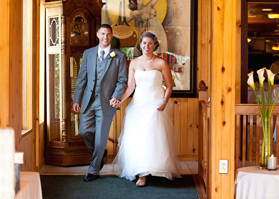 wedding-photography-Whittaker-Woods-Golf-Club-Southwest-Michigan-weddings_73.jpg