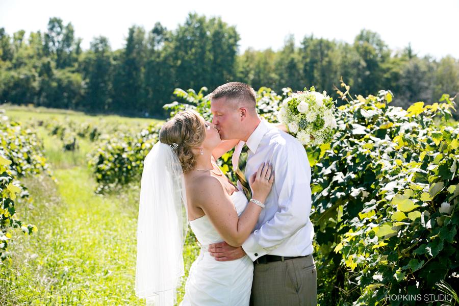 wedding-photography-Sarettt-Nature-Center-Southwest-Michigan-weddings_14.jpg