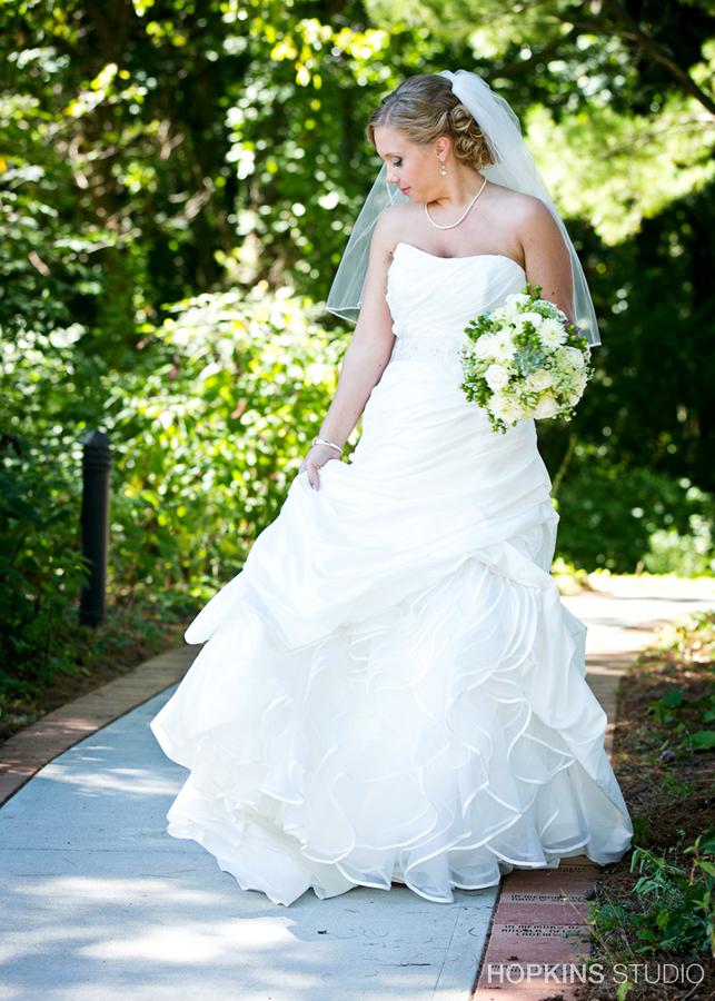 wedding-photography-Sarettt-Nature-Center-Southwest-Michigan-weddings_16.jpg
