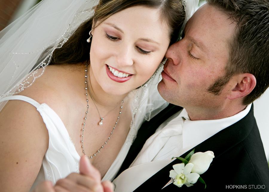 wedding-photography-Heritage-Museum-St-Joseph-Southwest-Michigan-weddings_26.jpg