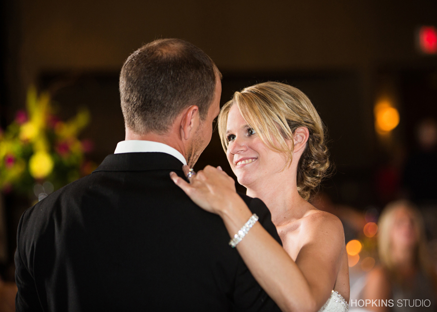 wedding-photography-Windsor-Park-Convention-Center-South-Bend-IN-weddings_30.jpg