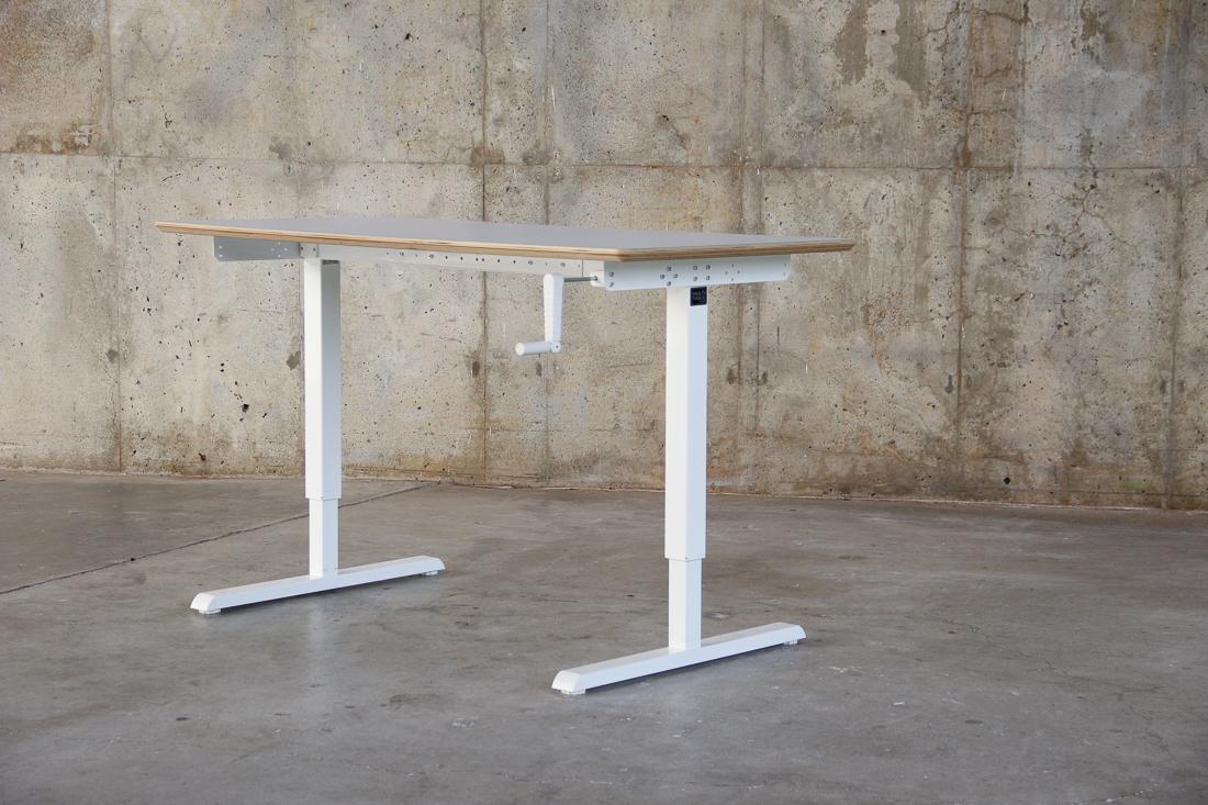 WERK_Elevate Desk_8301.jpg