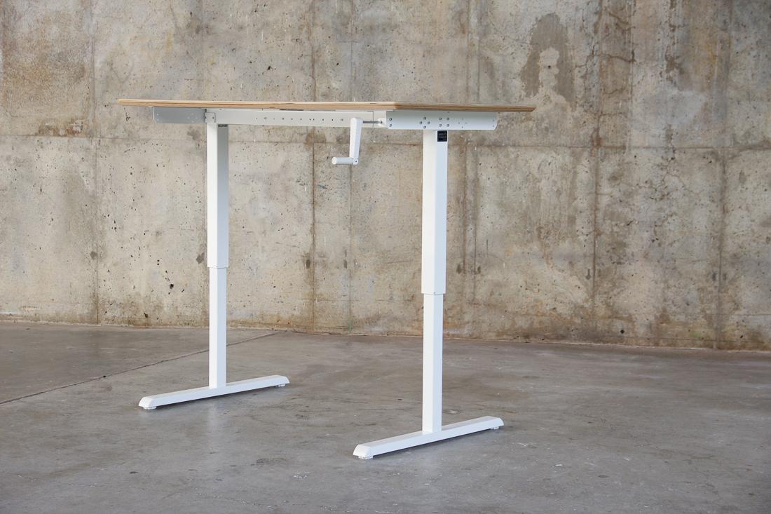 WERK_Elevate Desk_8306.jpg