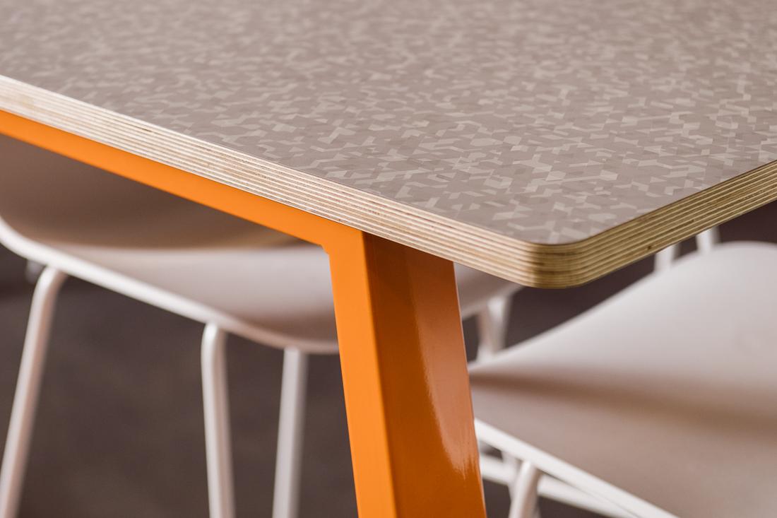WERK_HuddleUp Table_UpClose_489.jpg