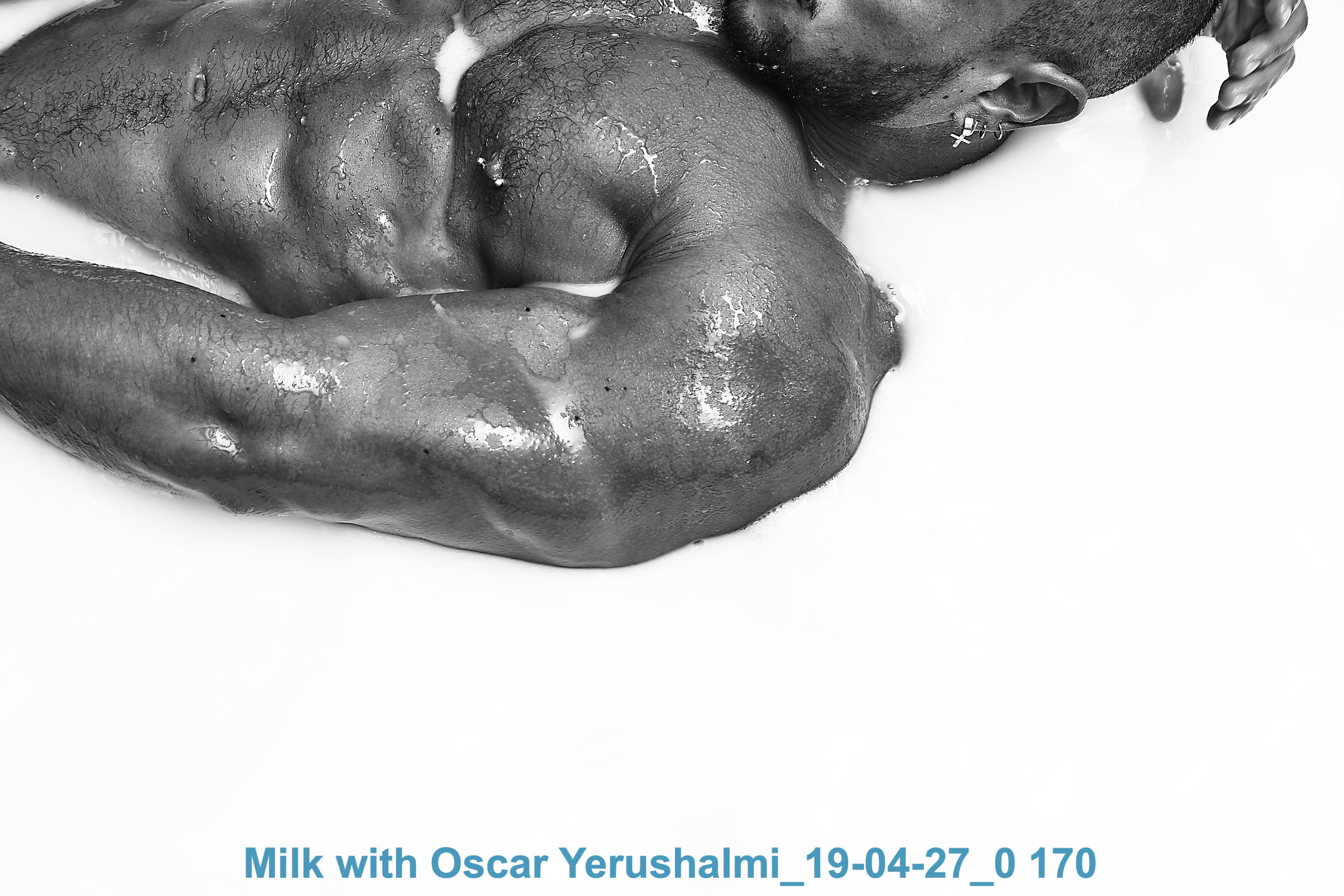 Milk with Oscar Yerushalmi_19-04-27_0 170.jpg