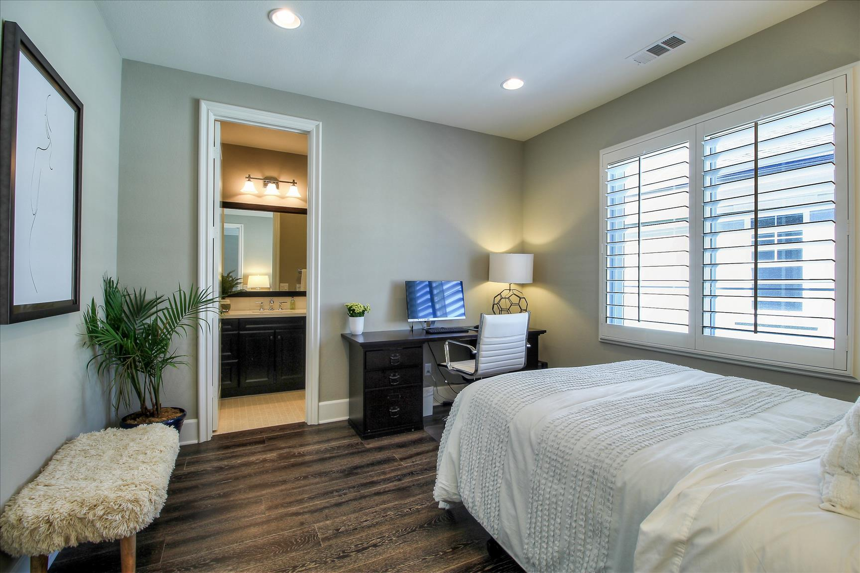 17471 Kennebunk Ln, Huntington Beach, CA  9264934.jpg