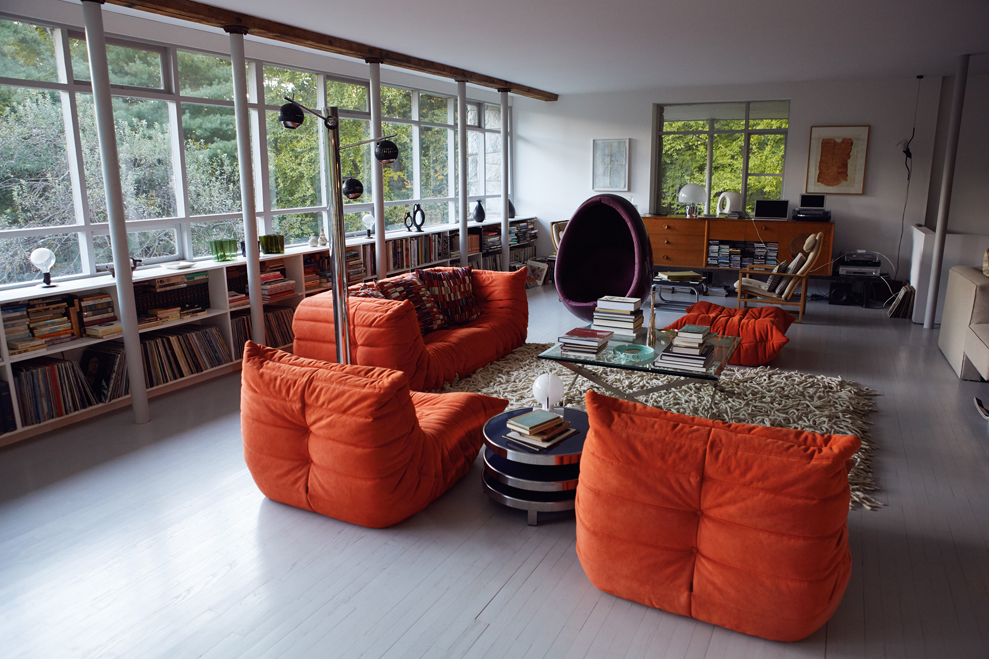 Ligne Roset's Togo designed by Michel Ducaroy in 1973, copy of Arne Jacobson Egg chair.