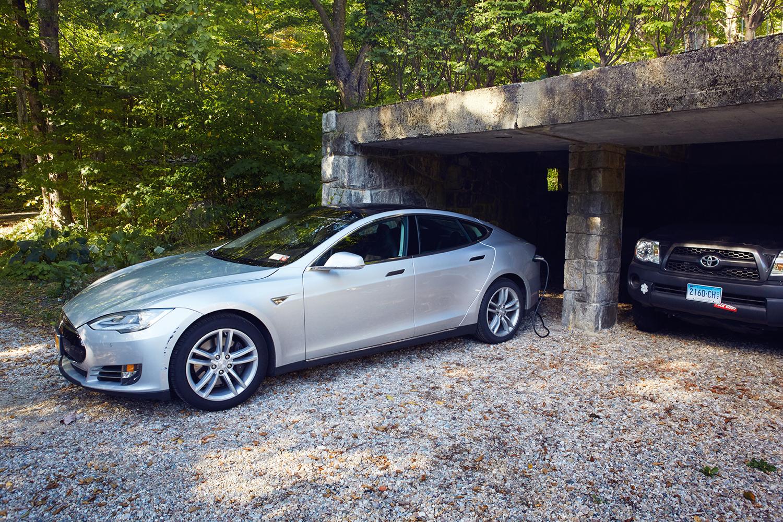The Tesla is  charging .