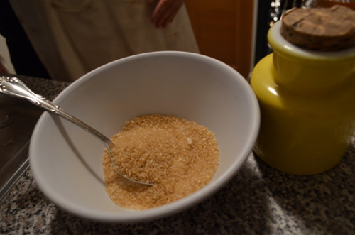 What makes all desserts delicious? FILLING.  Filling calls for 3 tbsp sugar + 1/2 cup turbinado sugar, and 1 tbsp cinnamon.
