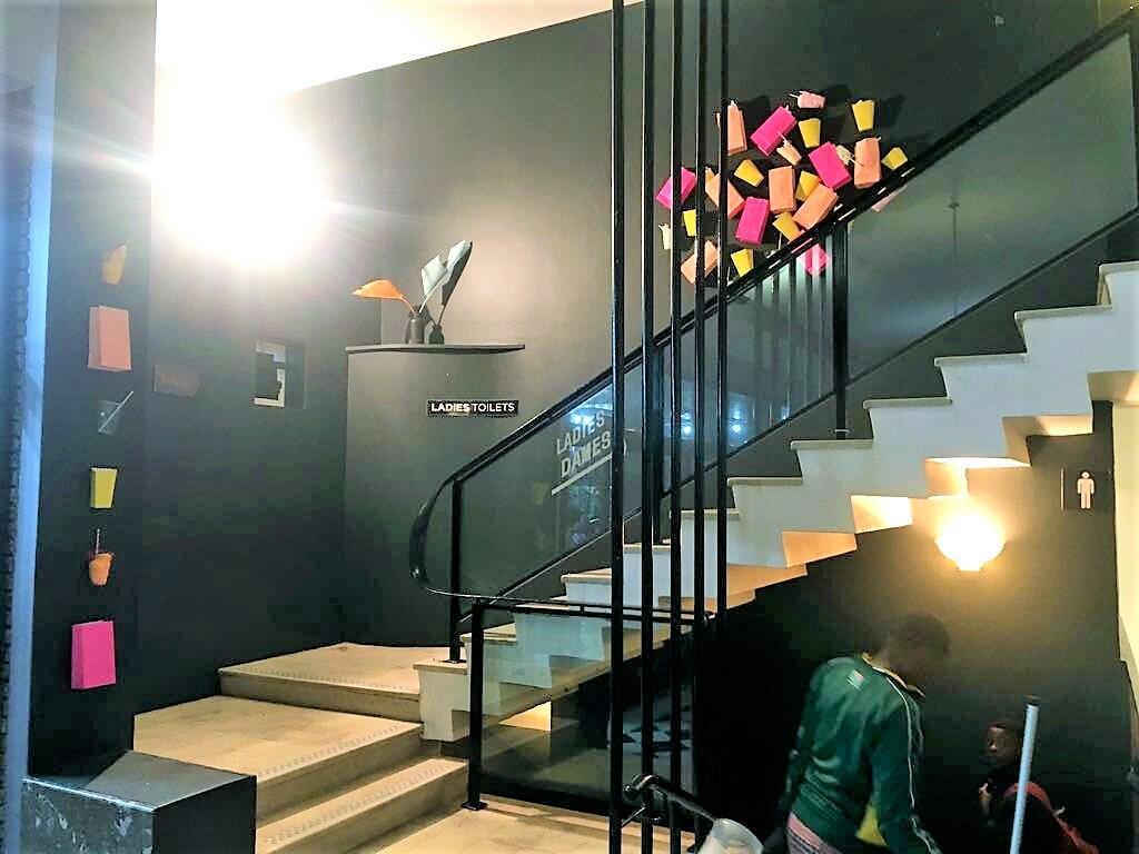 Foyer__.jpg