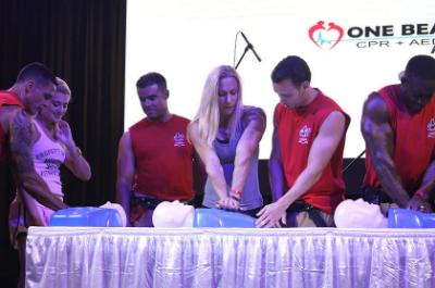 ONE BEAT CPR EN DESMOTRACION DURANTE EL MFE 2013