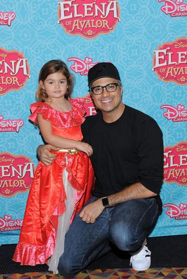 Jaime Camil and Daughter Elena.PNG