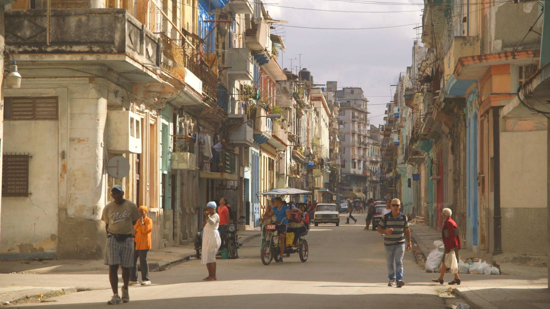 CUBA- Havana Calle.
