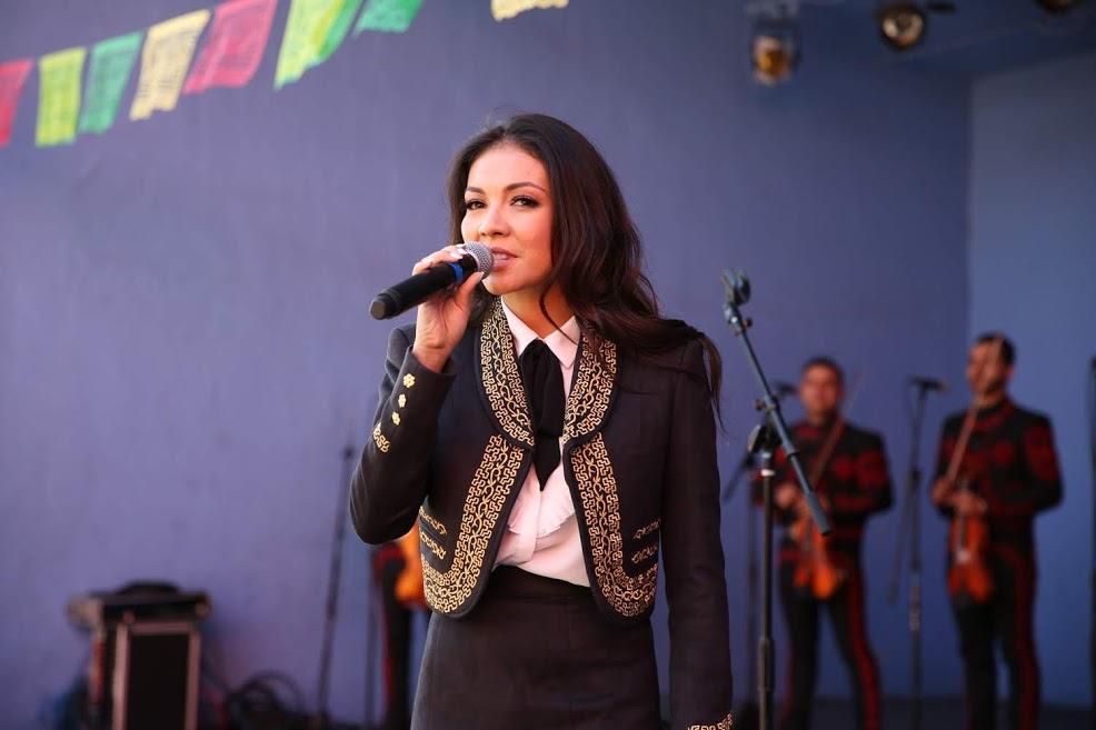 Lupita Infante.