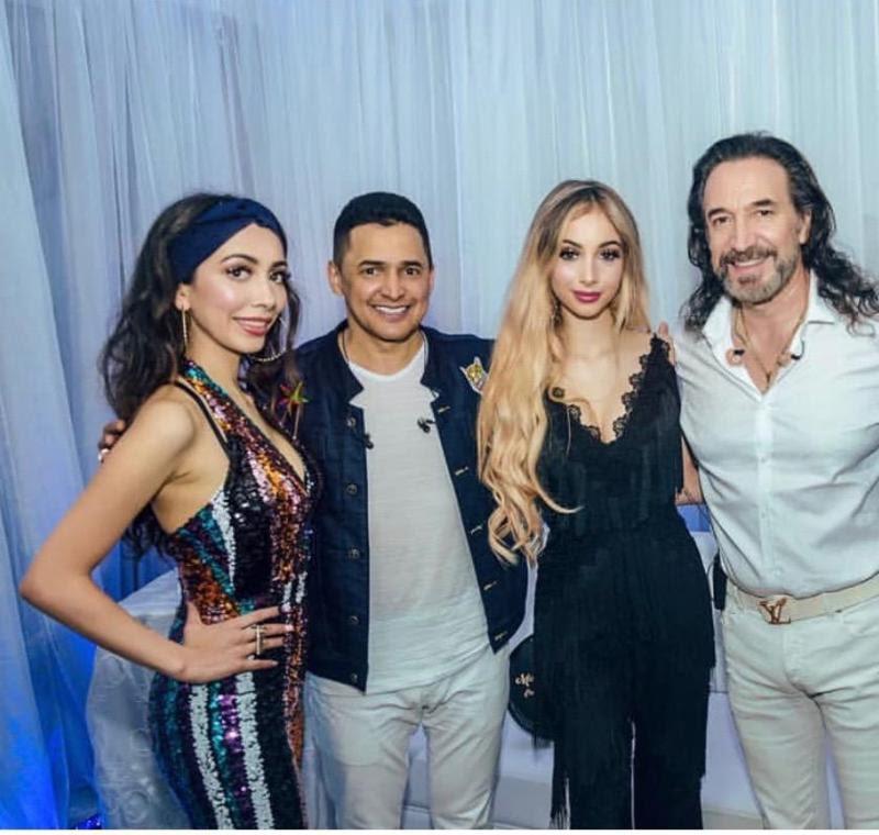 Alison Solís, Jorge Celedón, Marla Solís y Marco Antonio Solís durante su gira por Ecuador