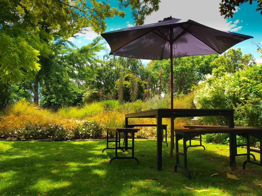 RUBI-Landscape-Design-Lawn.jpg