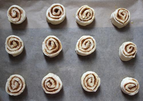 stephanie.levy.cinnamon.rolls