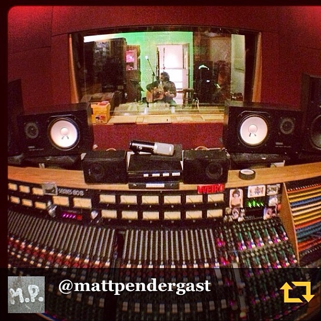 RG @mattpendergast: Cris Driscoll #session at @qdivisionstudio. #acousticguitar time! #studiolife #overdubs #regramapp