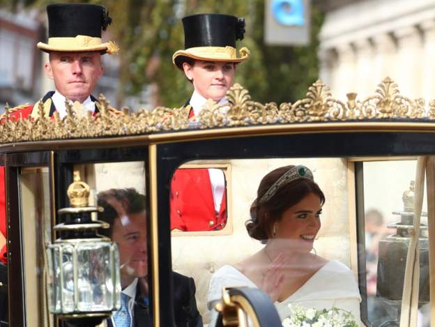 HRH Princess Eugenie of York wearing the Greville Emerald Kokoshnik Tiara with her new husband, Mr. Jack Brooksbank. Photo: REUTERS