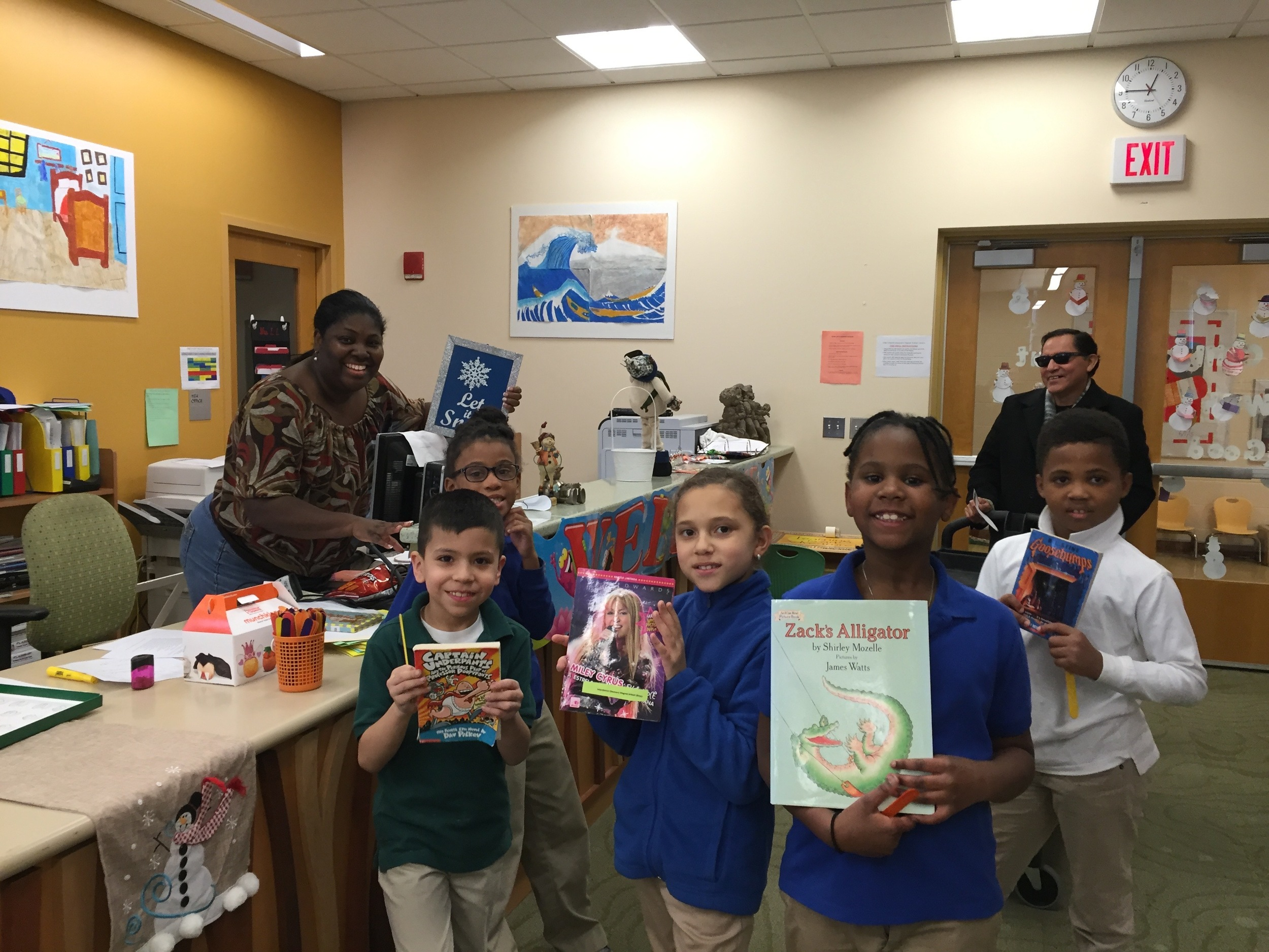 Tiffany Ladson-Lang with her gang of readers