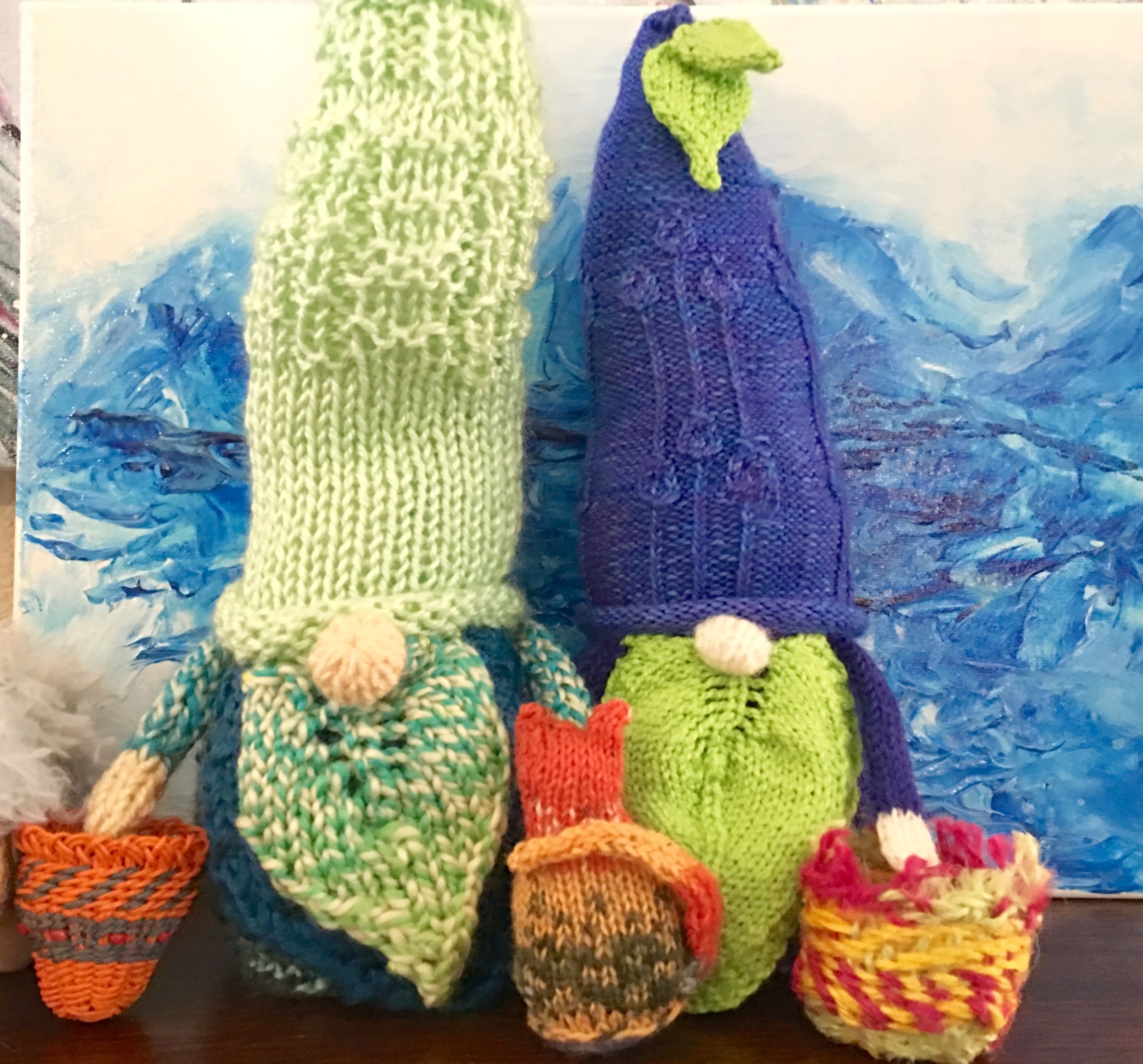 Periwinkle, Petunia & kitty - with their Easter baskets, headed for the painted mountains