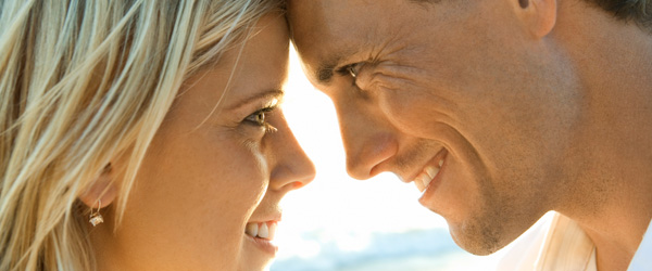 20100507-intimate-couple-600x250.jpg