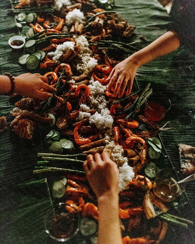 #kamayan : A Filipino feast where you eat a remarkable amount of food off banana leaves, without any utensils. We should do this more often.