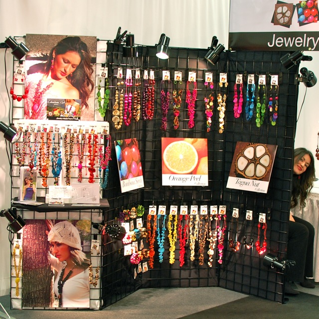 Ever expanding, our latest booth at the Dallas Market Center in mid-January...complete with the Colombian Girl model hiding behind the gridwall, after a full day of modeling!