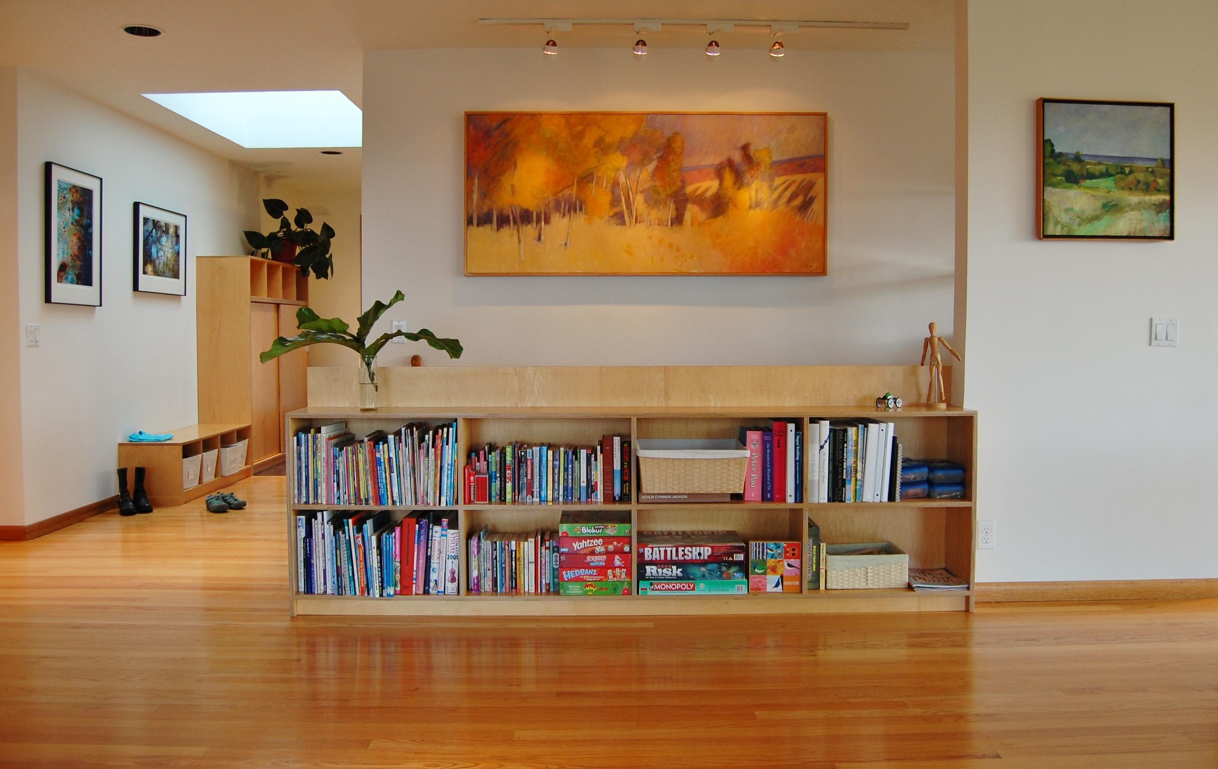 built-in bookshelf / stair guardrail