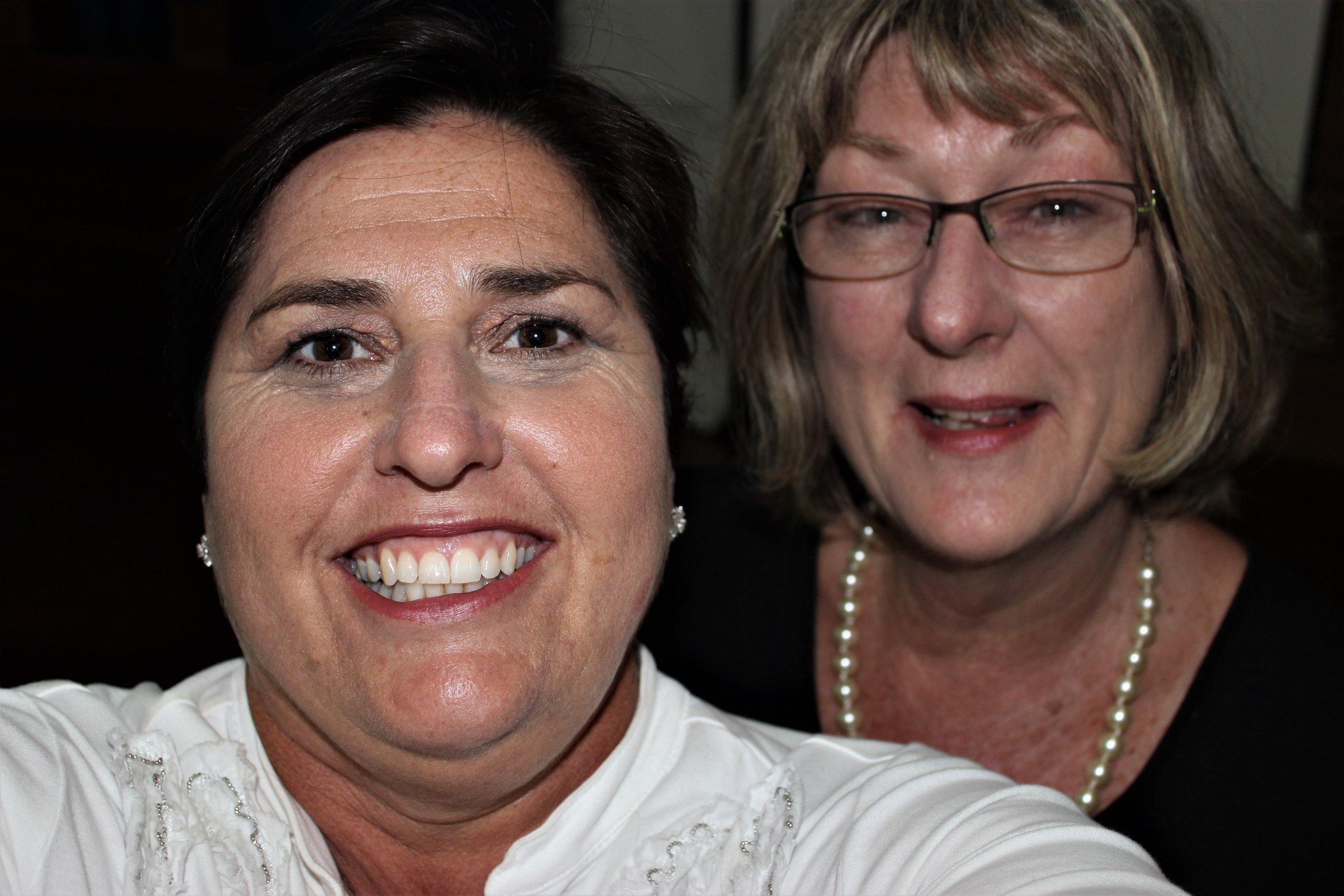 17 Karen & Glenda.JPG