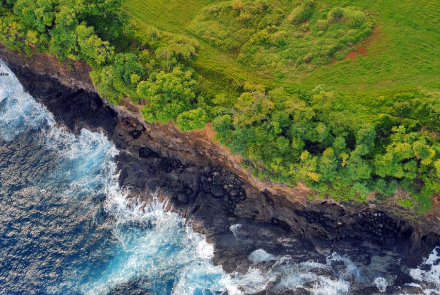 Ocean and earth, Hawaii