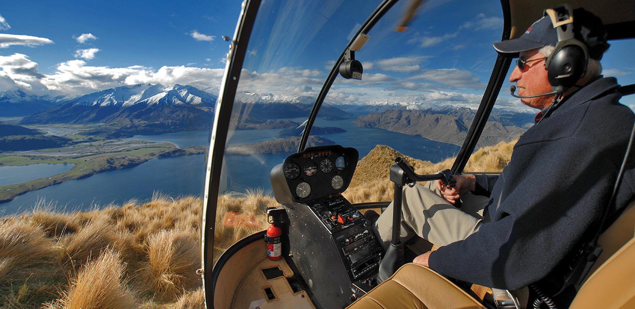 Wanaka Helicopters R22 above Lake Wanaka